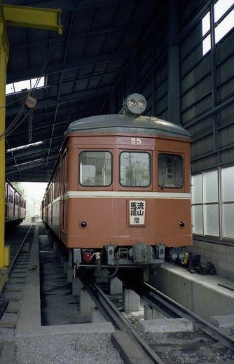 1981年交流山電鉄694-1