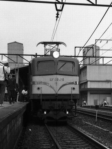 19720528関西線柘植駅894-1