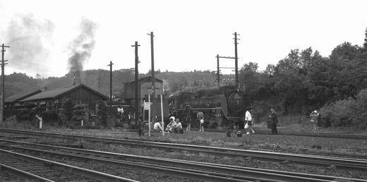 19720528関西線柘植駅874-1