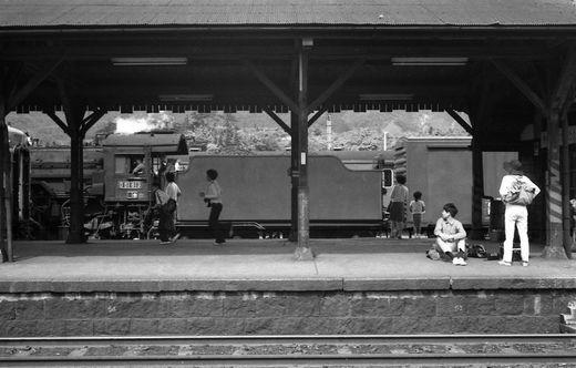 19720528関西線柘植駅877-1