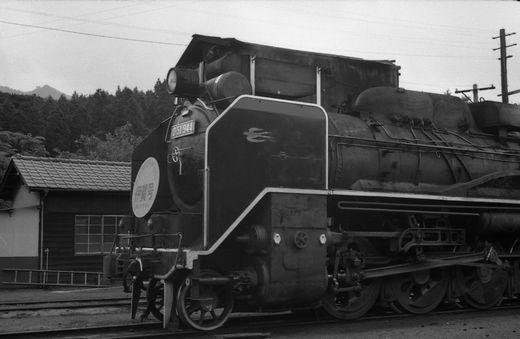 19720528関西線柘植駅861-1