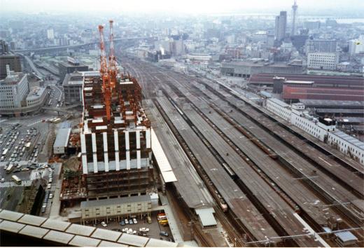 1980?大阪駅981-1