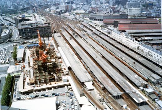 1980?大阪駅980-1