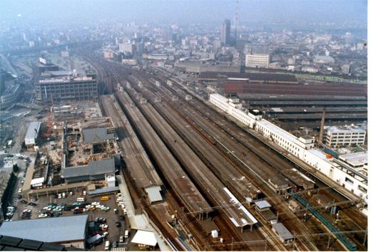 1980?大阪駅977-1