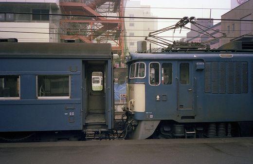 19811126軽井沢スケート998-1