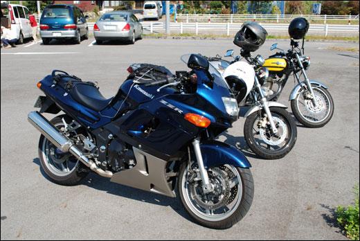 ZZR400とVTR250とエストレヤ