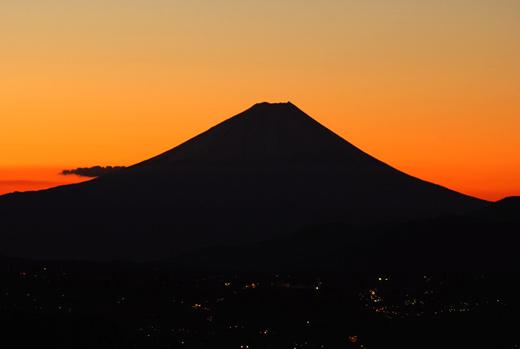 高ボッチ山 -富士山シルエット-