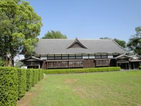 木造の元小学校
