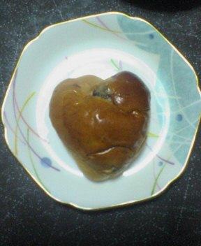 ハート形のパン