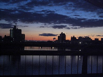 朝焼け五ヶ瀬川