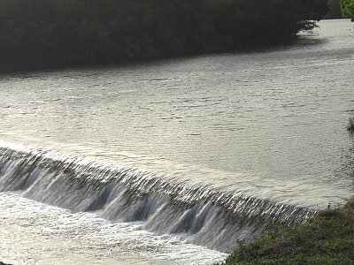 祝子川のせき
