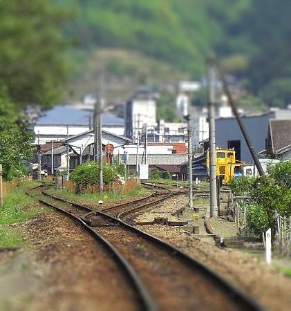 今の貞光駅チルト