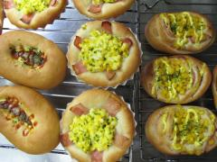 3種類のお惣菜パン