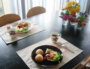 母と朝食☆