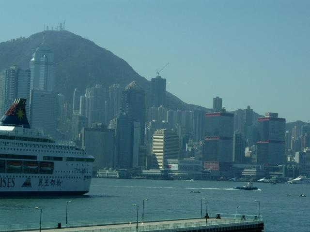 景色昼の香港