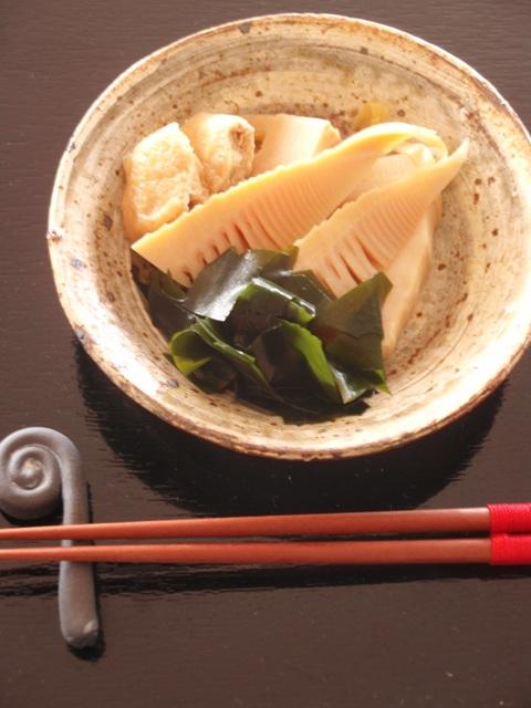 箸置きタケノコ煮物わらび