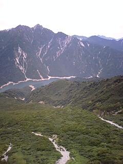 立山連峰と黒部湖