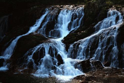 魚返りの滝1