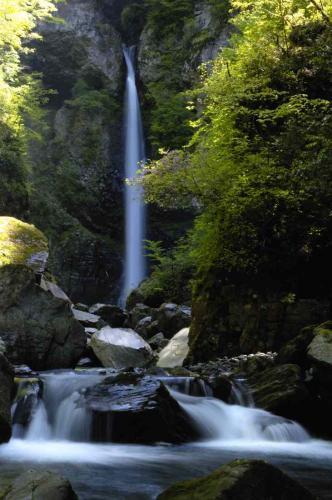 根尾の滝 飛騨小坂