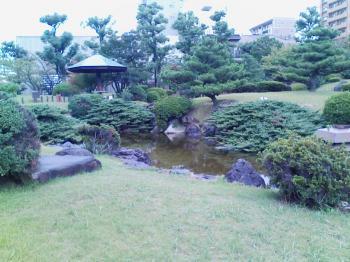 博物館前 日本庭園