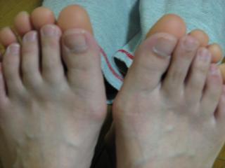 足の大きさ比べ.jpg