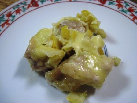 鶏もも肉とピクルスのチーズ焼き