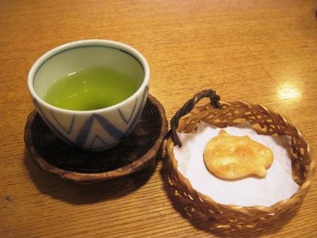 おせんべいとお茶