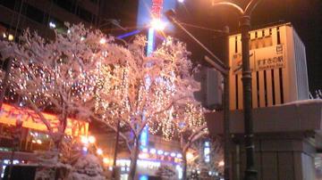ススキノの雪とイルミネーション