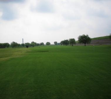 golfg2.jpg
