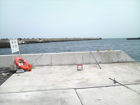 海釣りは小本港で