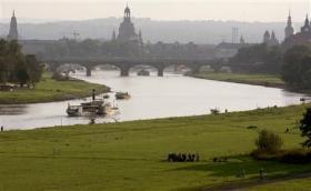 ドレスデン、エルベ川の風景