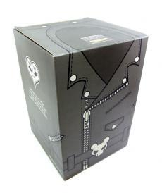 madteeth-box-01.jpg