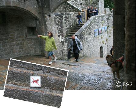 fモン・サン・ミッシェルのお城への道9