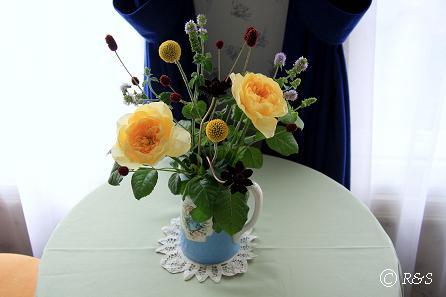 ジャンヌダルクの花瓶5IMG_9025