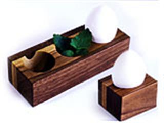 eggstand_pre1_R.jpg