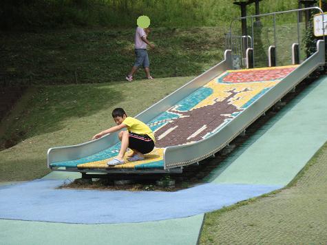 チビローラー滑り台
