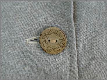 お花のボタン