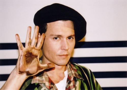 ジョニーの手
