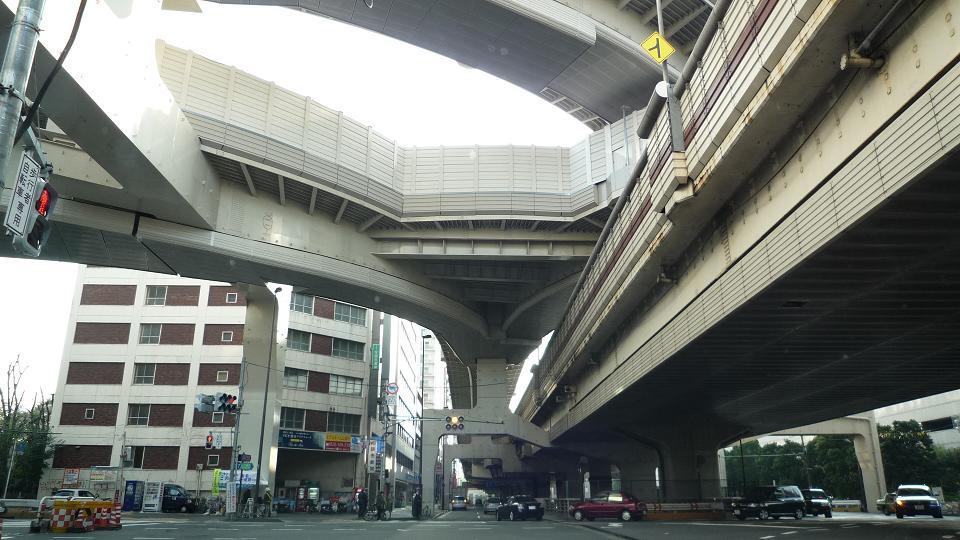 首都高西新宿ジャンクション