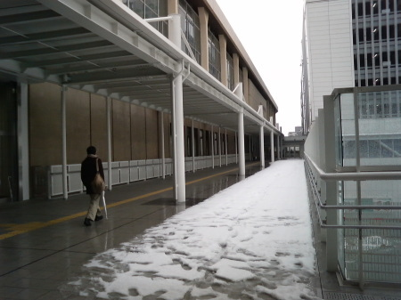 新潟駅3階東側連絡通路