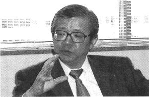 中西輝政氏