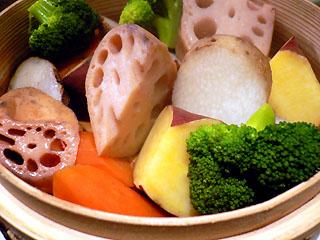根菜のサラダ(せいろ蒸し)