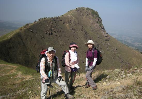 2009.4.19一の峯~冠ヶ岳 048