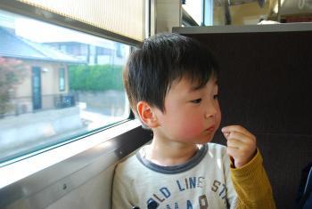 電車でおやつ
