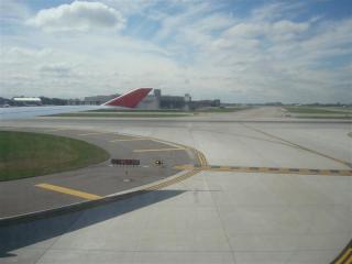 セントポール空港到着