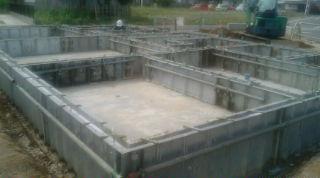 基礎立ち上がり鋼製枠