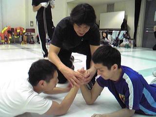 腕相撲大会