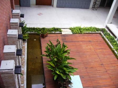 uni garden 010508