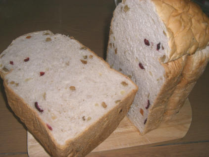 くるみ&ミックスドライフルーツのパン