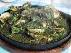 フアヒンバジルソース蛤